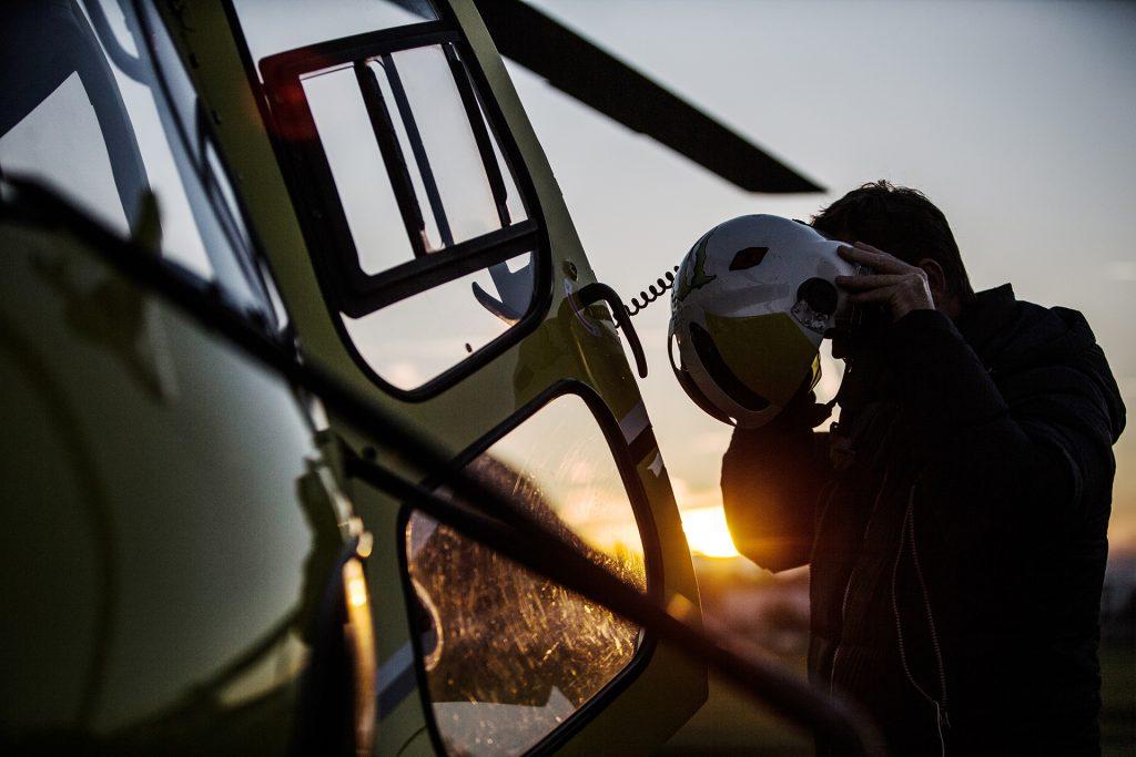 Flying school - Private  (PPL-H) & Professional (CPL-H) pilot training - Mont Blanc Hélicoptères Megève